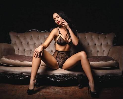 sydney in hotel stripper bucks party