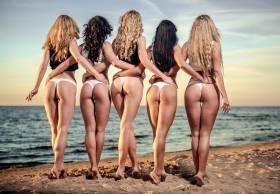 ResizedImage280194 Adobe Sexy Girls on Beach