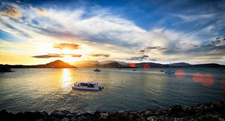 Airlie Beach Hens Party 2 Hour Day Boat Package1 3