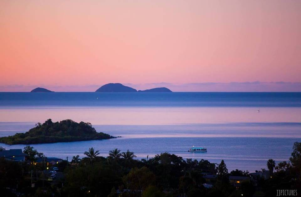 Airlie Beach Hens Party Sunset Cruise Package1 1