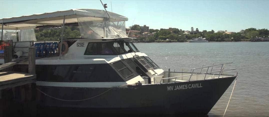 BrisbaneHens3HourPrivateBoatCharterParty