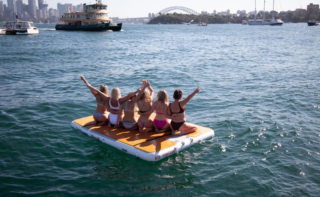 SydneyHensBoatCharterParty1