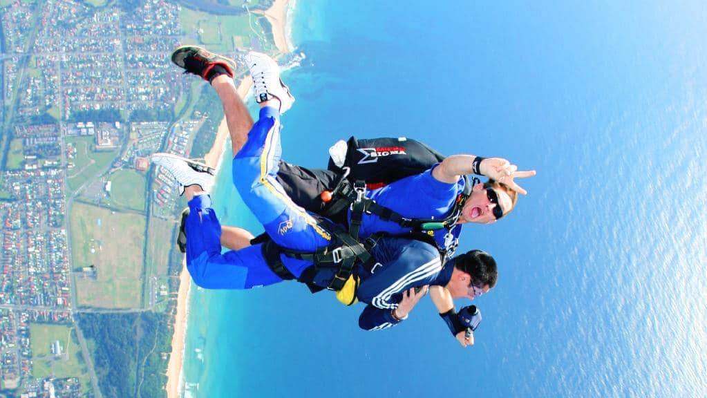 byron bay bucks party skydive