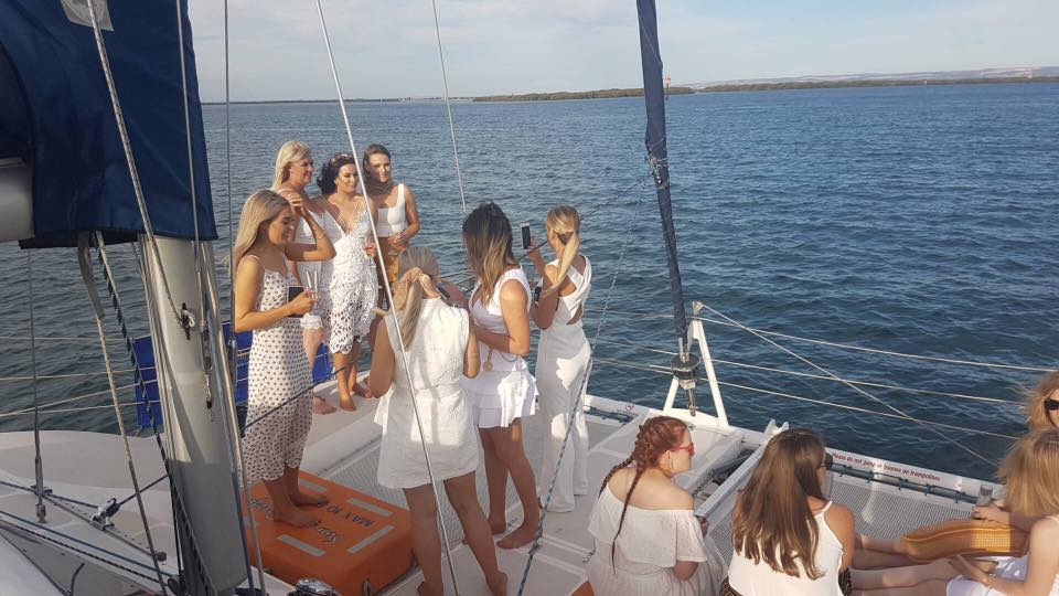 AdelaideHensParty2HourBYOPrivateBoatCharterCruisePackage